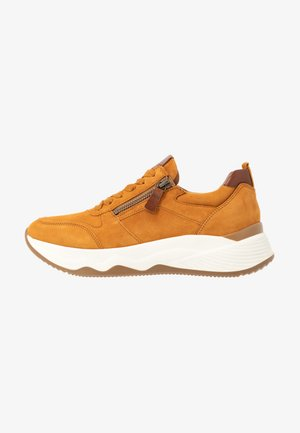 Trainers - curry/sattel