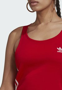 adidas Originals - RACER DRESS - Robe en jersey - scarlet - 4