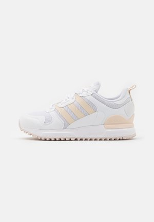 ZX 700 HD UNISEX  - Trainers - footwear white/halo ivory