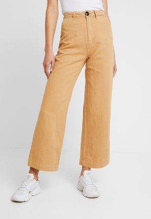 OLD MATE PANT - Jeans Straight Leg - gold
