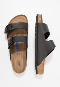 Birkenstock - ARIZONA SOFT FOOTBED - Klapki - black - 1
