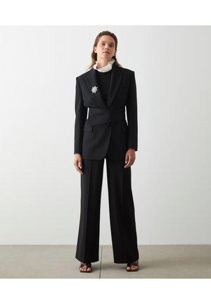 CLASSIC-CUT - Halflange jas - black