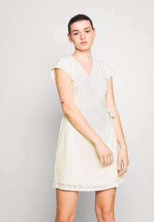 VMLEAH SHORT DRESS - Day dress - birch