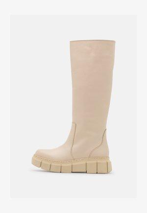 Platform boots - ibory