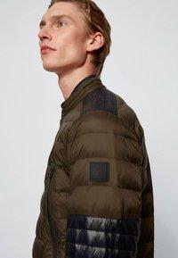 BOSS - OZNOOPO - Winter jacket - open green - 4