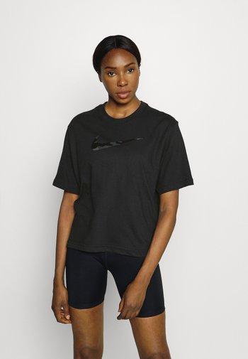 BOXY ONE - T-shirts med print - black