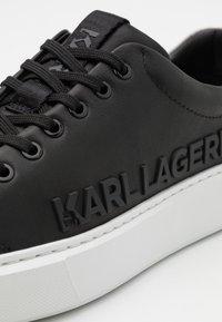 KARL LAGERFELD - MAXI KUP INJEKT LOGO - Tenisky - black - 5