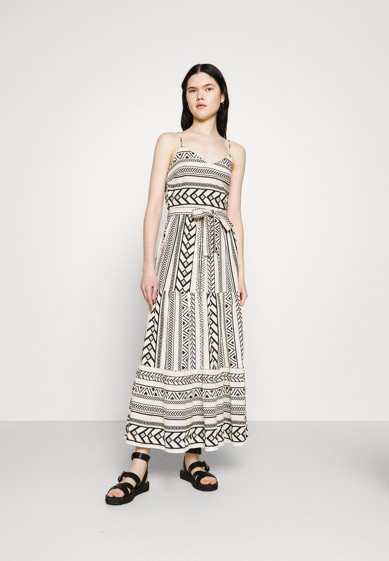 Vero Moda - VMDICTHE SINGLET ANCLE DRESS - Maxi dress - birch/dicthe/black