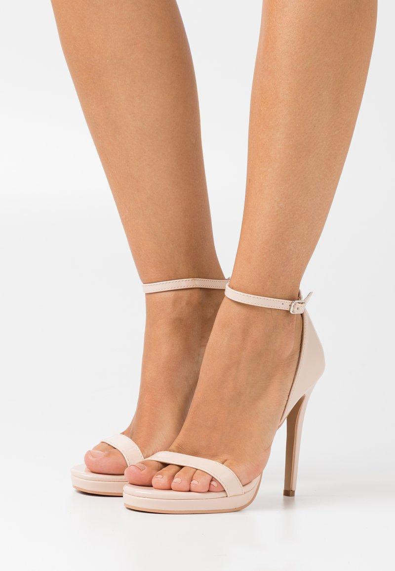 RAID - REAGAN - Sandaler med høye hæler - nude