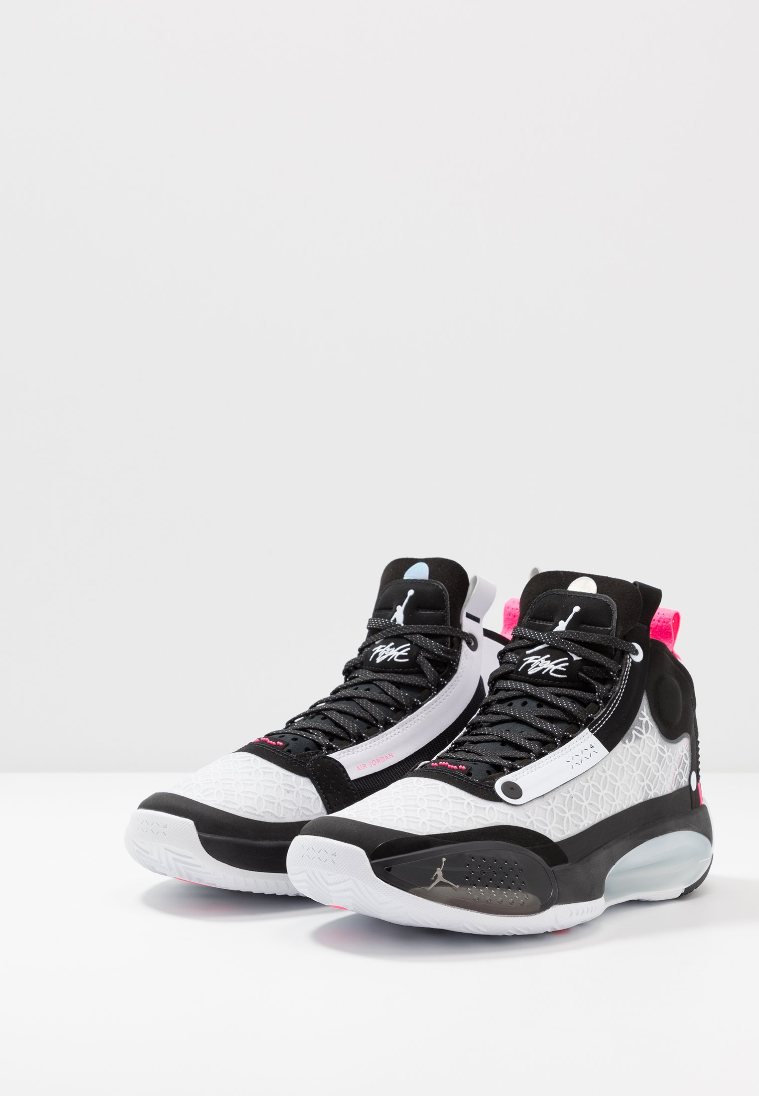 Jordan AIR XXXIV Basketballsko blackmetallic silver