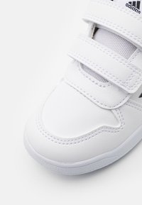 adidas Performance - TENSAUR UNISEX - Zapatillas de entrenamiento - footwear white/core black - 5