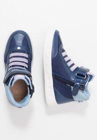 Geox - SKYLIN GIRL FROZEN ELSA - Sneakers hoog - navy/lilac - 1