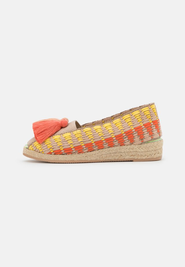 CAYENA - Loafers - coral/beige/rosa