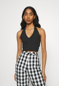 Glamorous - MAYA HALTER NECK CROP WITH OPEN BACK AND LOW V NECK 2 PACK - Top - black/white - 1