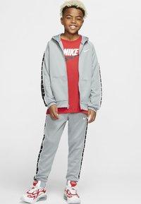 Nike Sportswear - HOODY TAPE - Sweater met rits - particle grey - 1