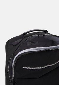 adidas Originals - SPORT PACK UNISEX - Rucksack - black/white - 2