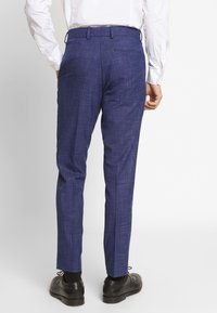 Isaac Dewhirst - TEXTURE SUIT - Completo - blue - 2