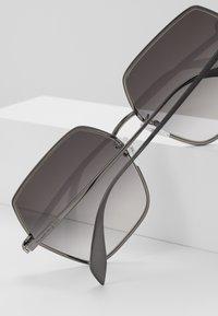 Alexander McQueen - Sunglasses - grey - 3