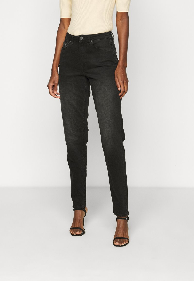 ONLY Tall - ONLVENEDA LIFE MOM - Relaxed fit jeans - black denim