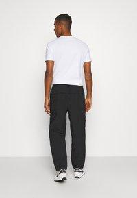 Nike Sportswear - Pantalones - black - 2