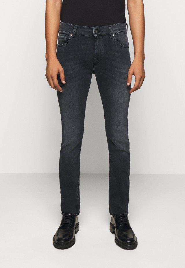 RONNIE  - Slim fit jeans - black