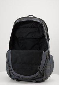Nike Sportswear - UNISEX - Mochila - iron grey/white - 3