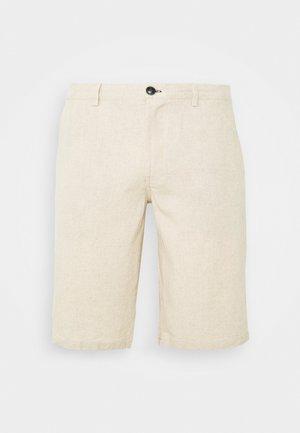 BERM BASICA - Shorts - white