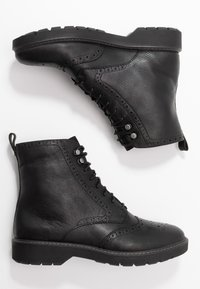 Clarks - WITCOMBE FLO - Lace-up ankle boots - black - 3