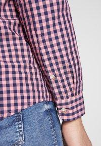 Tommy Jeans - OVERDYE - Shirt - pink/twilight navy - 3