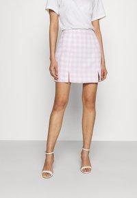 Glamorous - MAYA HIGH-WAISTED SKIRT WITH FRONT SIDE SPLITS - Mini skirt - lilac - 0