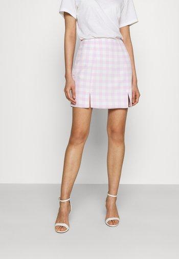 MAYA HIGH-WAISTED SKIRT WITH FRONT SIDE SPLITS - Mini skirt - lilac