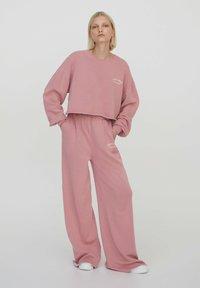 PULL&BEAR - Sweatshirt - rose - 1