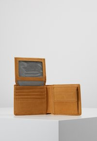 Timberland - PASSCASE WITH COIN POCKET - Wallet - wheat - 6