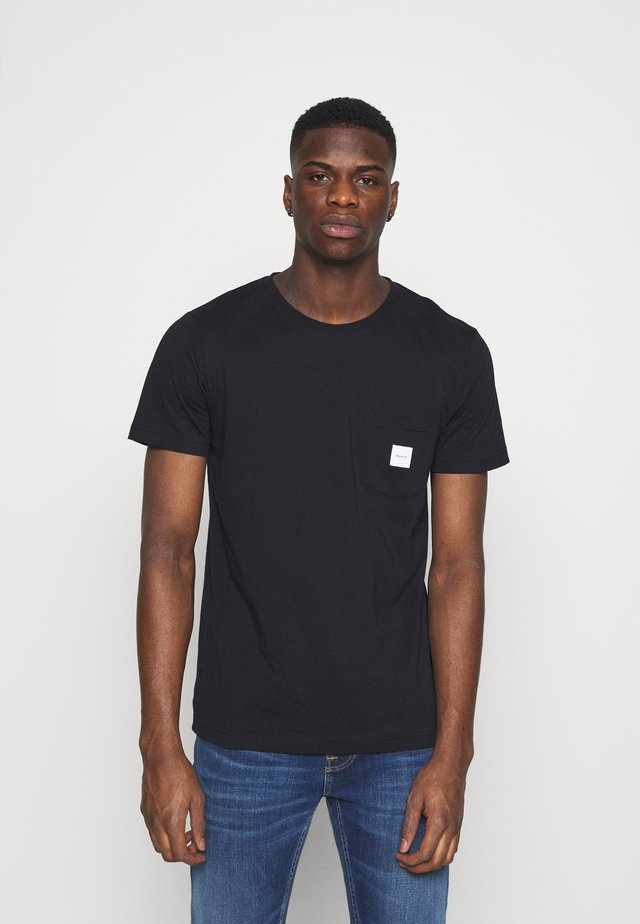 SQUARE POCKET - T-shirt basique - black