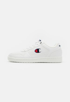 LOW CUT SHOE CHICAGO - Obuwie treningowe - white