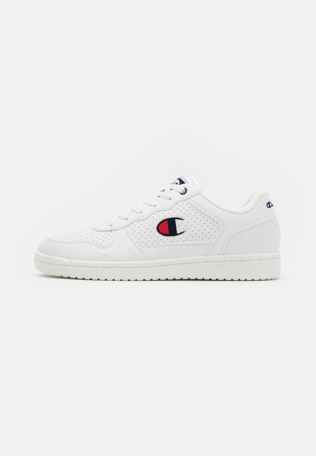 LOW CUT SHOE CHICAGO - Zapatillas de entrenamiento - white