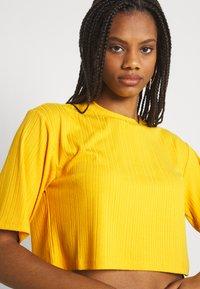 Monki - Print T-shirt - yellow medium - 3