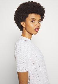 See by Chloé - T-shirt imprimé - white - 3