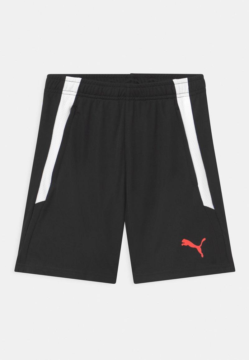 Puma - TRAINING UNISEX - Sports shorts - black/red blast