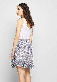 Second Female - CLOUDS SHORT SKIRT - Mini skirt - faded denim - 3