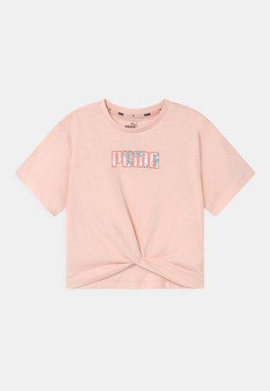 ALPHA SILHOUETTE  - Print T-shirt - cloud pink