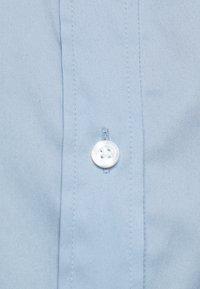 HUGO - ESHILA - Button-down blouse - light pastel blue - 4