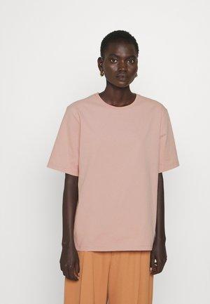 DAGNY - Basic T-shirt - frosty ros