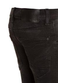 Name it - NKMROBIN PANT - Slim fit jeans - black denim - 2