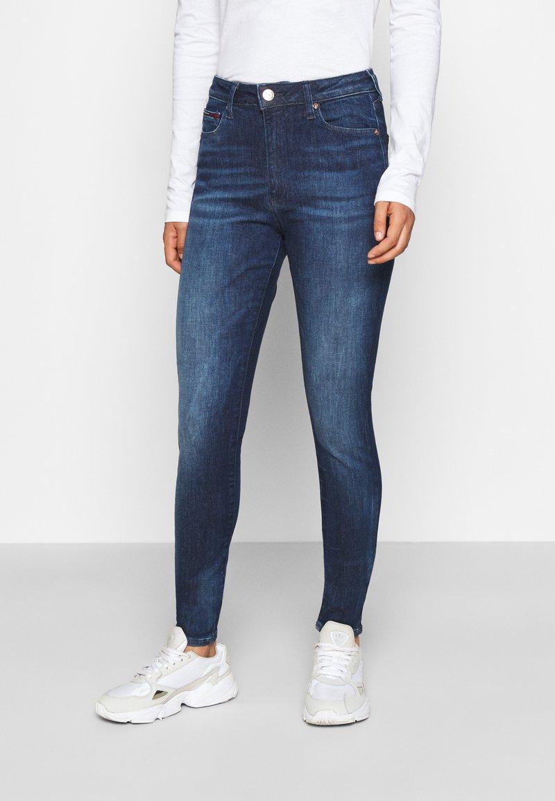 Tommy Jeans - SYLVIA SUPER SKNY - Jeans Skinny Fit - dynamic mira dark blue