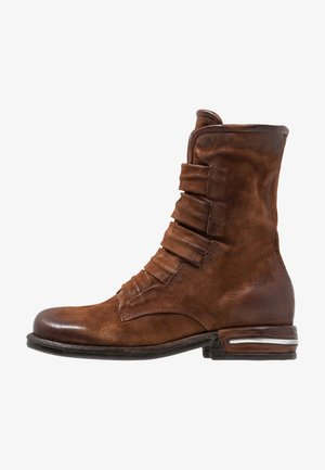Kotníkové boty - calvados