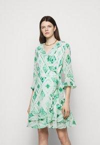 Marella - LIVREA - Denní šaty - verde smeraldo - 0