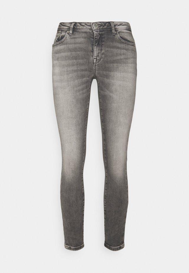 ONLISA ZIP - Skinny džíny - grey denim