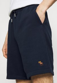 Abercrombie & Fitch - ICON - Shorts - navy - 3