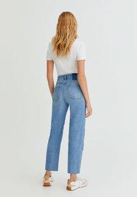 PULL&BEAR - MIT PATCHWORK - Jeans straight leg - blue - 2